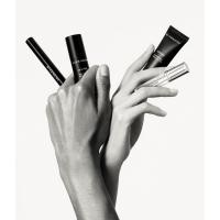 Givenchy выпустили коллекцию унисекс-средств для макияжа
