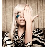 Леди Гага создаст собственный бренд косметики