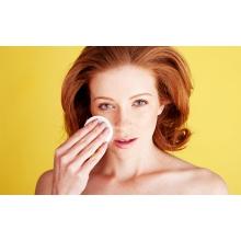 8 ошибок при удалении макияжа, которые ты совершаешь каждый день